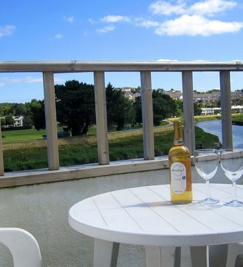 Enjoy a welcome drink on arrival overlooking the River Camel